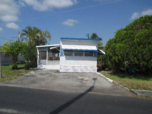 Maison Mobile a louer - Palm Beach Mobile Homes