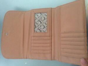 Guess wallet  Kitchener / Waterloo Kitchener Area image 2