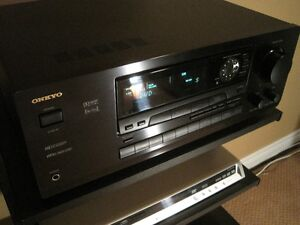 ONKYO TX-DS555 A/V RECEIVER ~ With Phono Stage!