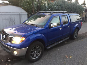 2014 Nissan Frontier SV Fully Loaded Truck,  Winters and Topper