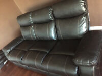 Recliner sofa on sale asking for $400 only