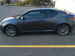 2011 Scion tC Hatchback very clean!