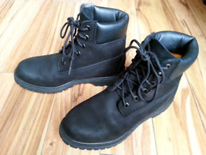 Timberland Premium Women's Boots - Size 8 - Almost New