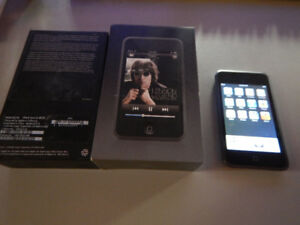 iPod Touch 8GB (1st Generation) in Campbellford