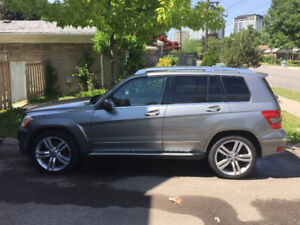 Mercedes GLK 350 , Grey very clean and regularly serviced.