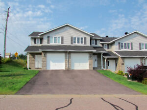 3 Bed 2 Bath Townhouse in Petawawa