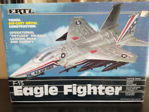 ERTL F-15 EAGLE FIGHTER