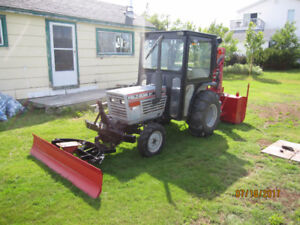 White 21 hp diesel tractor