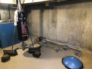 Punchbag 80lb with stand