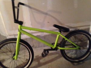 Lime green Sunday primer BMX Kitchener / Waterloo Kitchener Area image 1