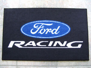 """Tapis  30"""" X 19"""" approx. Ford & Mustang"""