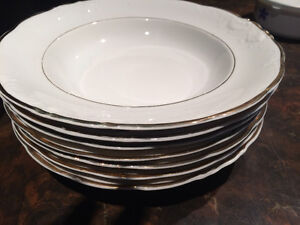 Wewel plates/2 brand new shoes