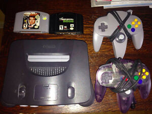 NINTENDO 64 - 2 Games - 2 Controllers - ALL CABLES - WORKS GREAT