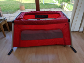 Phil & Teds Traveller Portable Cot