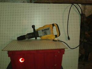Outils construction et rénovation a vendre.