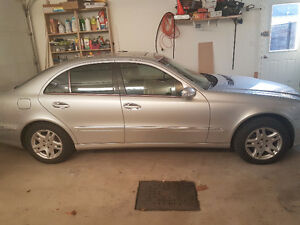 2005 Mercedes-Benz E-Class Sedan - Négociable