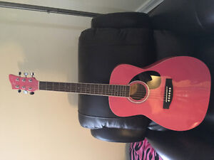 Girls acoustic guitar (excellent condition)