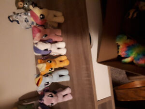 Selling My Little Pony plushie ollection set!
