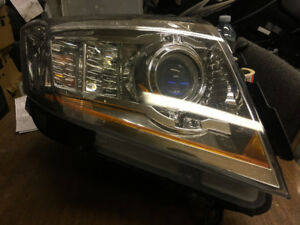 OEM Left Drivers Side Xenon Headlight HID for 2008-2014 Cadillac