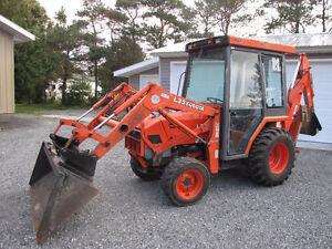 Rare find with cab Kubota L-35 4x4 loader and backhoe