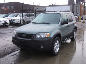 2006 Ford Escape XLT - 4WD - Extremely Clean