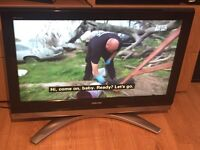 """32"""" Toshiba LCD HD TV with Freeview"""