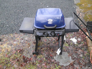 magic chef BBQ With filled tank