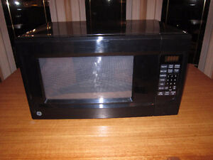 G.E. Black Microwave Kitchener / Waterloo Kitchener Area image 1