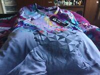 Men's / boys t-shirt wraparound print BNWT size 38/40 chest