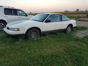1988 Oldsmobile Cutlass Supreme Coupe (2 door)