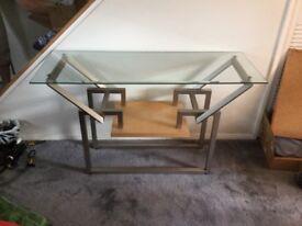 Stunning, narrow glass table