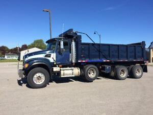 2004 Mack Granite Tri axle dump truck