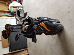 Wilson Firestick 11 piece driver/iron club set with bag