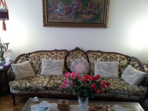 Chesterfield set