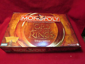 Lord of the Rings Monopoly and Wrebbit 3D puzzle