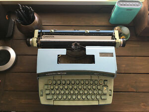 Smith Corona Coronet Super 12 Typewriter
