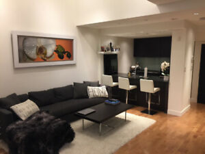 Luxury Yaletown Townhouse (*A/C*) - 2 Bed / 2 Bath - THE POMARIA