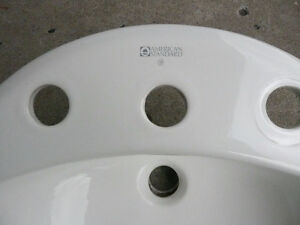 """American Standard""  Wash Basins West Island Greater Montréal image 2"