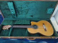 COLLECTORS 1982 CHET ATKINS CE CLASSICAL GUITAR..MINT.$1800.