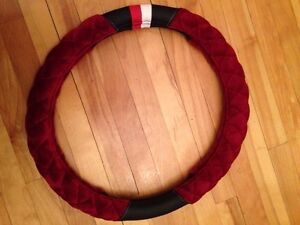 Selling a brand new steering wheel cover