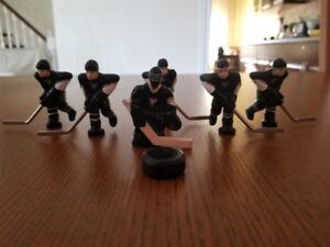PITTSBURGH PENGUIN  NHL STIGA TABLE HOCKEY PLAYERS