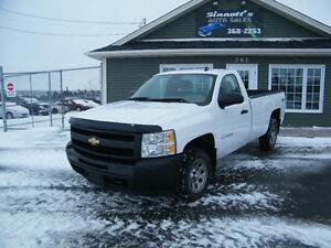 2011 Chev. Silverado 4x4 Reg cab long box 149,000 km INSPECTED