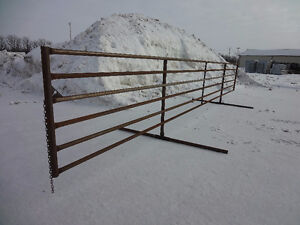 FREESTANDING/WINDBREAK CORRAL PANELS FOR CATTLE/LIVESTOCK Peterborough Peterborough Area image 2