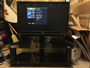"42"" LG LCD TV with Black Tempered Glass Mount Stand"
