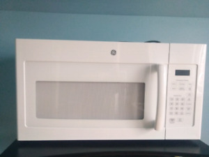 GE (Over the Range) Microwave Oven