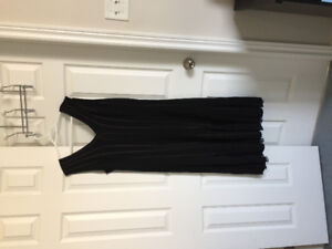 Dresses for sale prices vary