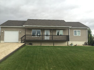 PRICE REDUCED! Grandview Mb house for sale