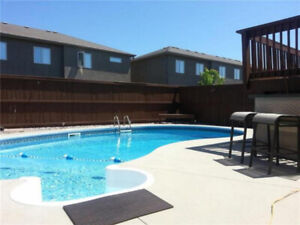 5 BR house with Pool in South St-Vital