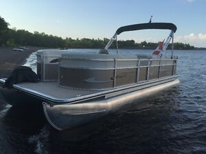 2011 Cypress Cay Sport 23 Foot Pontoon Boat