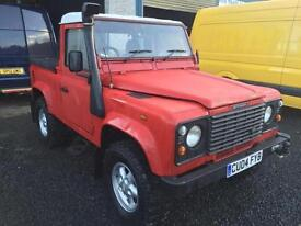 Land Rover 90 Defender 2.5 Td5 truck cab 04 and in mint condition
